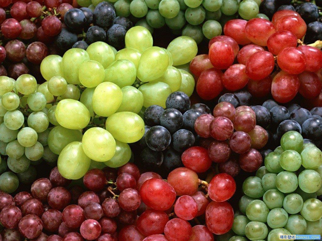Strugurele, fructul de sezon care păstrează tinerețea