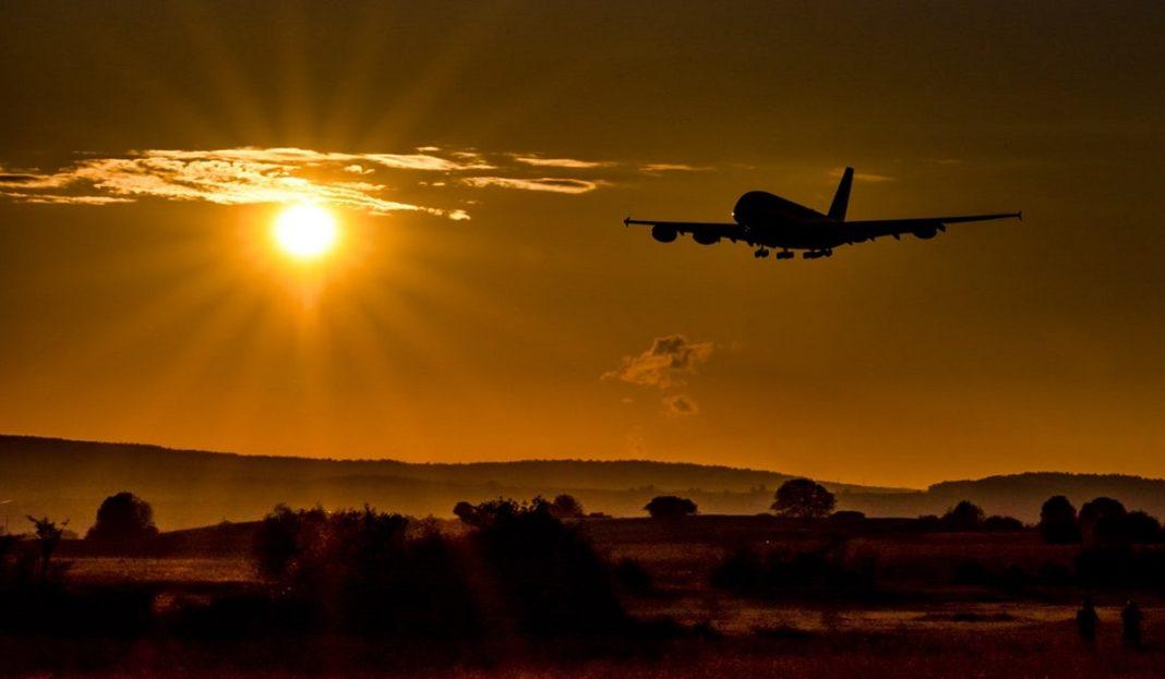 """O companie aeriană a vândut toate bilete pentru un """"zbor către nicăieri"""""""