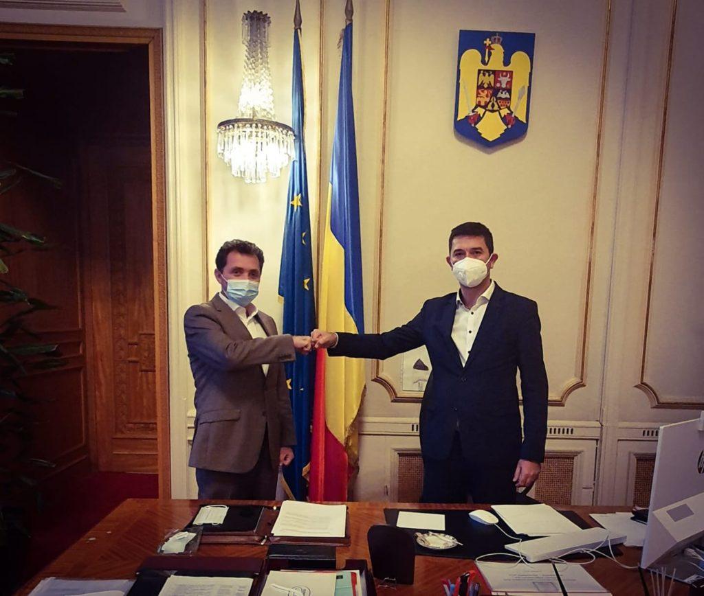 Liderul senatorilor PSD a demisionat din partid și s-a înscris în PMP