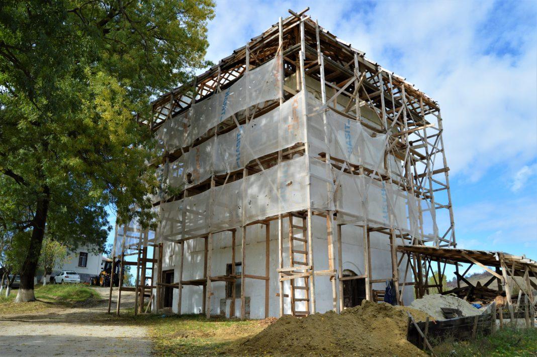 Cula Izvoranu-Geblescu de la Brabova, un monument istoric de valoare naţională, va fi restaurată cu fonduri europene şi redată circuitului cultural și turistic