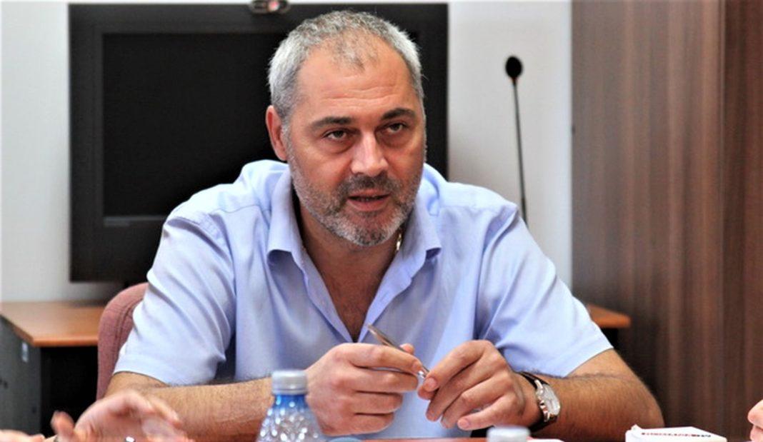 Fostul șef al Casei de Sănătate Constanța, condamnat la 6 ani de închisoare pentru că a luat mită