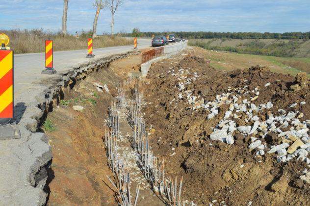 Modernizarea drumului Craiova - Cetate va costa mai puţin decât valoarea stabilită prin contract