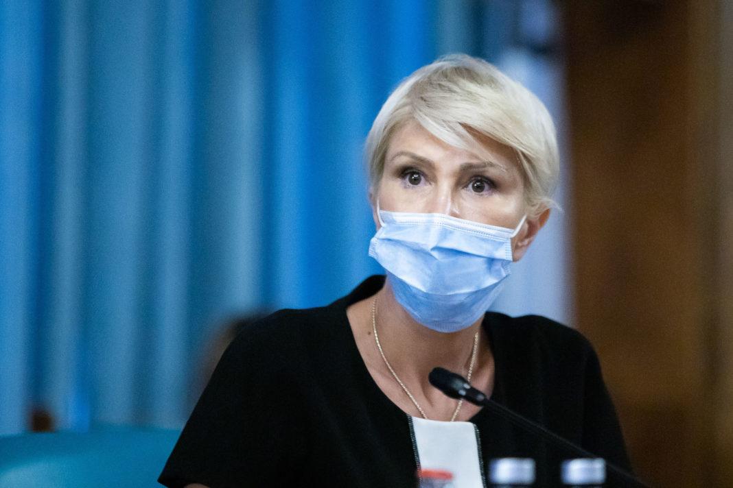 Ministrul Muncii, Raluca Turcan, a anunţat, joi, că se va începe evaluarea dosarelor de pensie