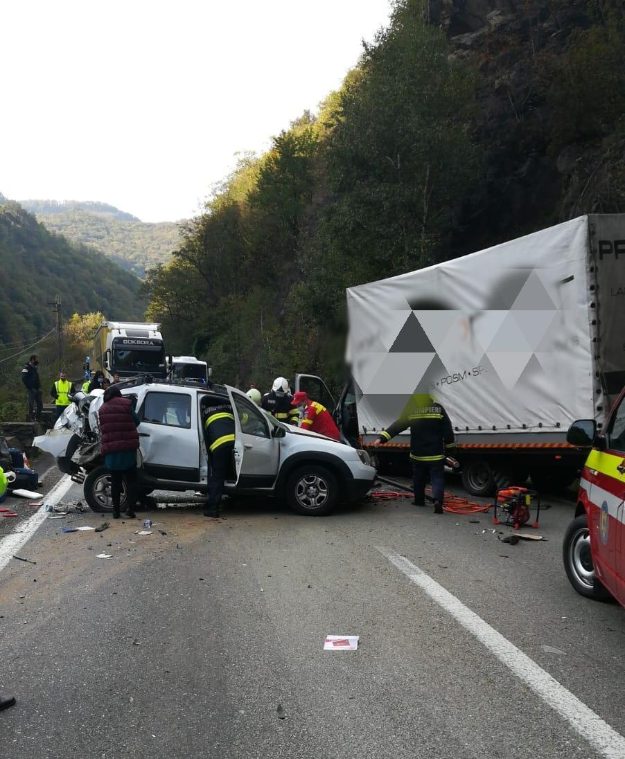 Trafic blocat pe DN7, în urma unui accident rutier