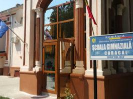 S-au închis toate şcolile din Caracal