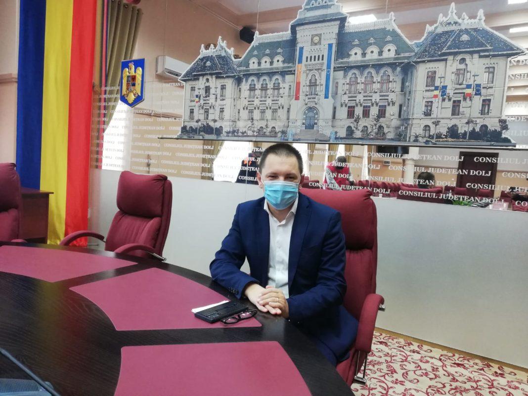 Cosmin Vasile, preşedintele ales al Consiliului Judeţean Dolj, speră ca Aeroportul Craiova să ajungă în primele trei din ţară