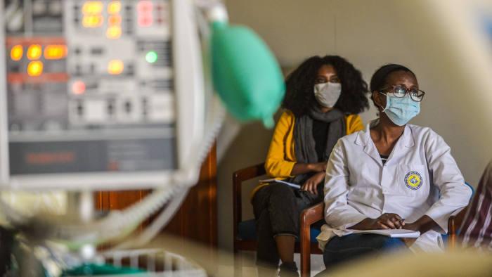 Refuzul purtării măștii în Etiopia se poate pedepsi cu doi ani de închisoare, a anunțat procurorul general al țării