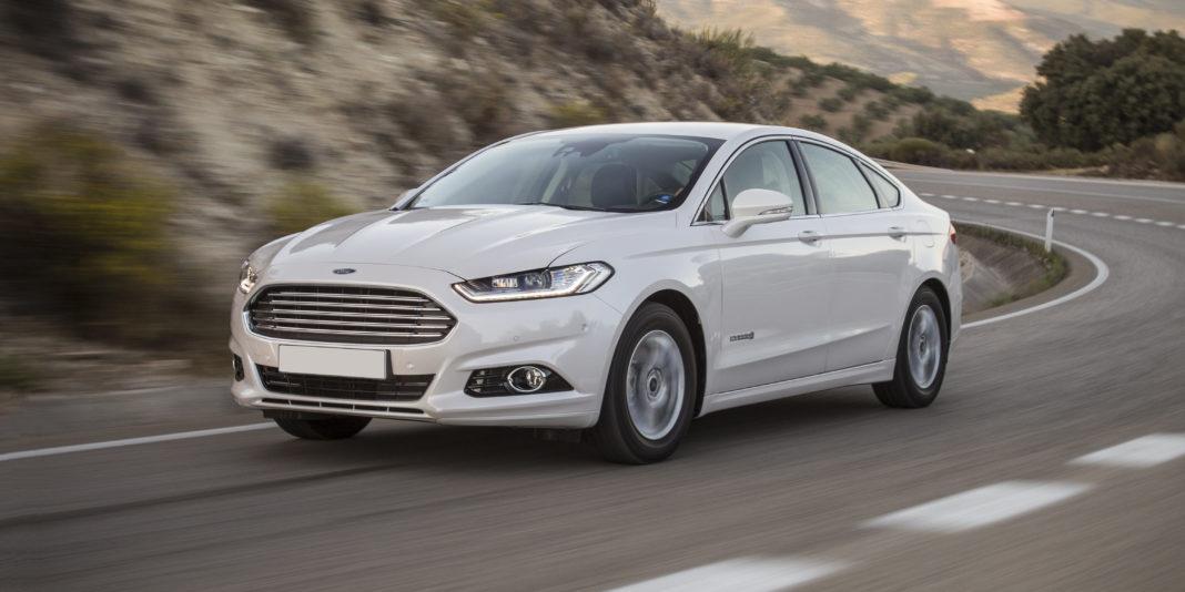 Ford renunță la motoarele convenționale pe benzină pentru Mondeo în favoarea versiunilor hibride