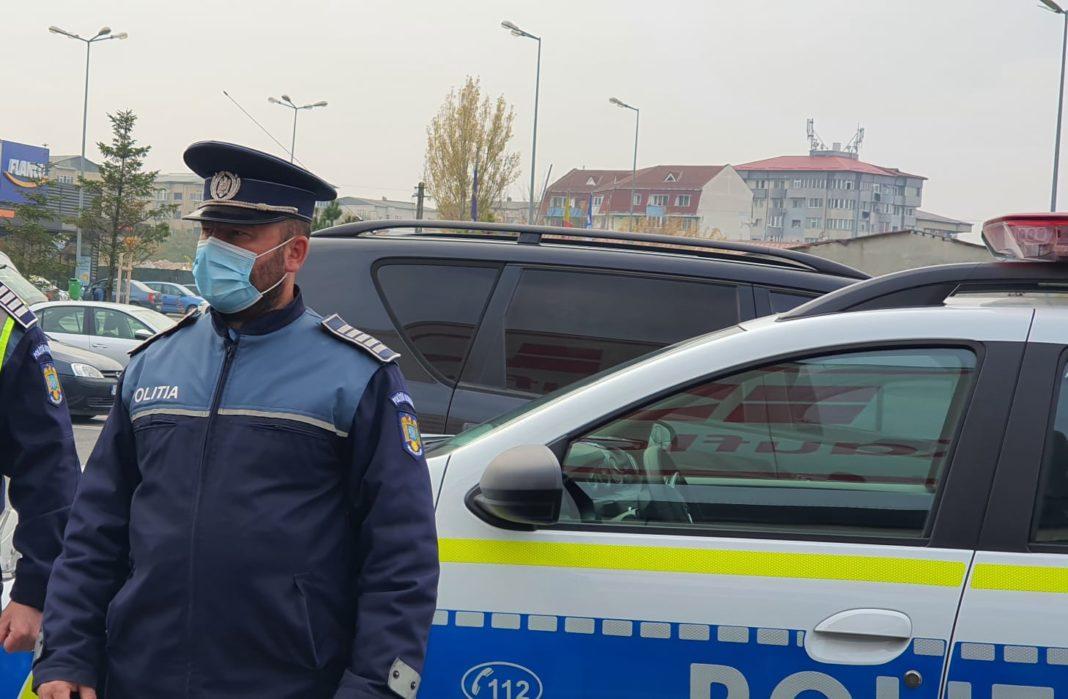 Un vâlcean a fost depistat de polițiștii gorjeni în timp ce conducea un autoturism pe strada Drumul lui Burebista, din comuna Polovragi
