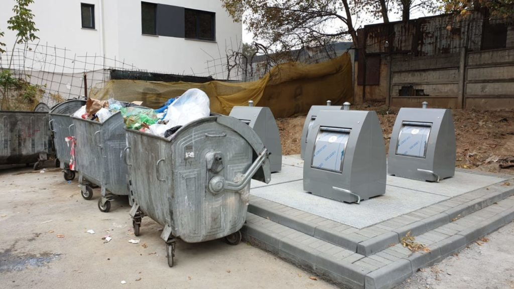 Platforma de gunoi îngropată
