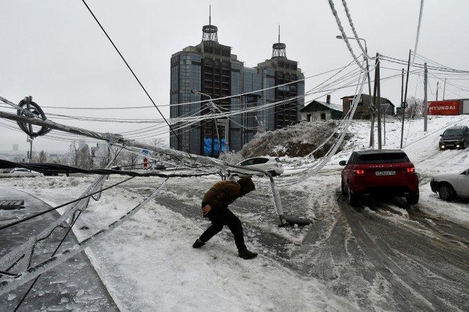 Furtună înghețată în Rusia/sursa foto:https://twitter.com/
