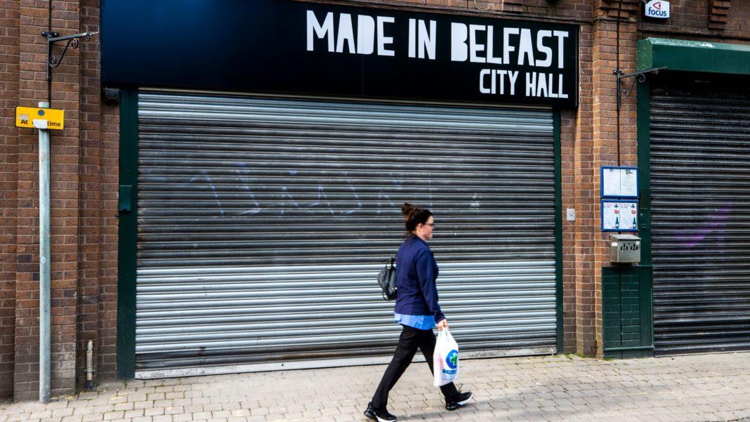 Irlanda de Nord prelungește carantina cu două săptămâni