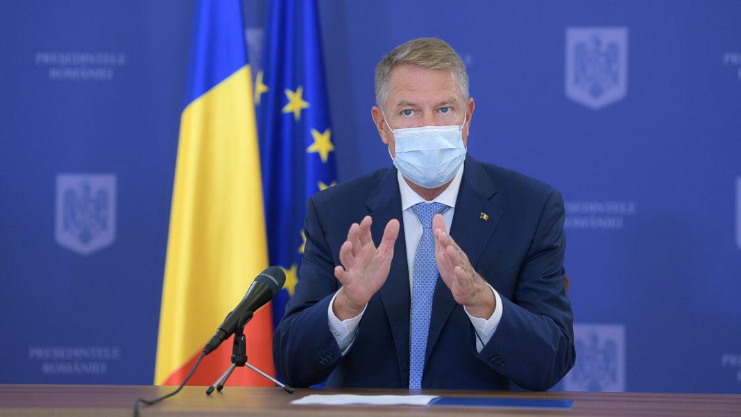 Președintele României, Klaus Iohannis, a semnat luni, 25 ianuarie, o serie de decrete de eliberare din funcție a mai multor procurori