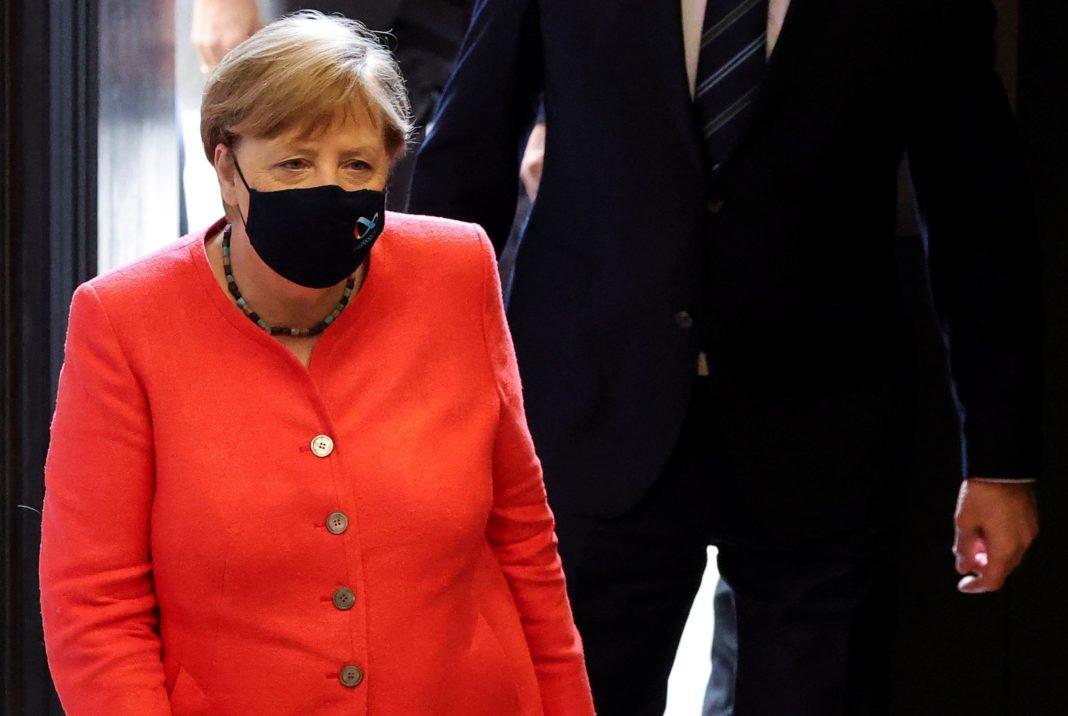 Cancelarul german Angela Merkel intenţionează să extindă până la 15 februarie lockdown-ul