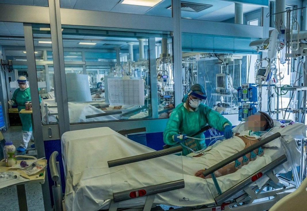 GCS: 38 de pacienţi cu COVID-19, la terapie intensivă