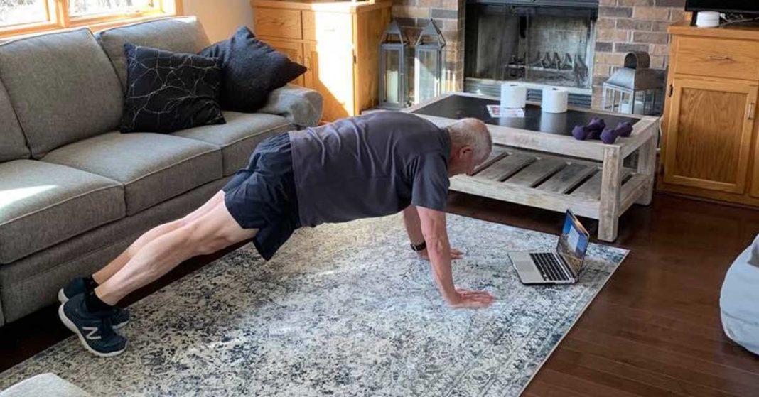 OMS recomandă adulților să facă măcar două ore și jumătate de activitate fizică pe săptămână