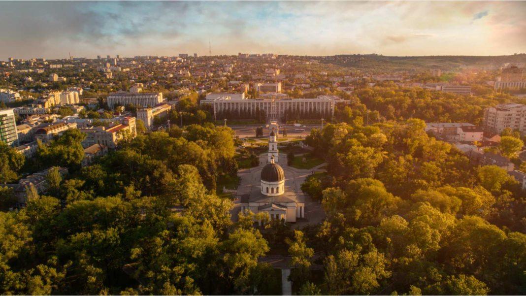 Republica Moldova declară stare de urgenţă în sănătate publică la nivel naţional până la 15 ianuarie