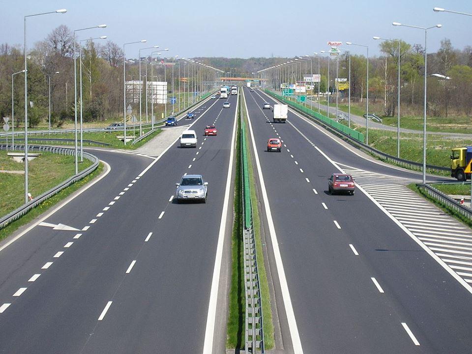 Drumul Expres e doar pe hârtie
