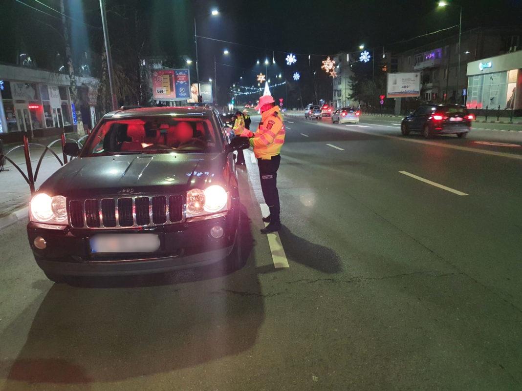 În ultimele 24 de ore polițiștii vâlceni au continuat activitățile de prevenire și de verificare a măsurilor anti-COVID