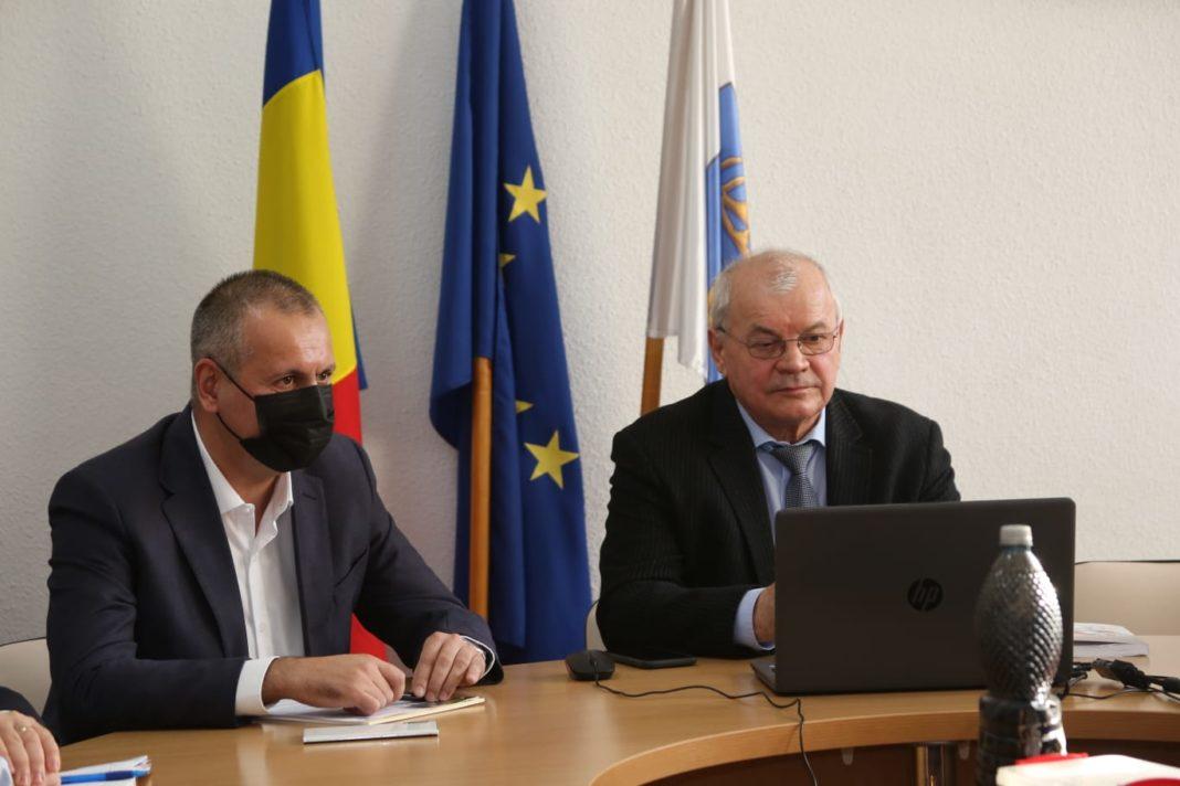 Iulian Horneț susține că prin procesul de piroliză a carbunelui se pot obține combustibili mai curați