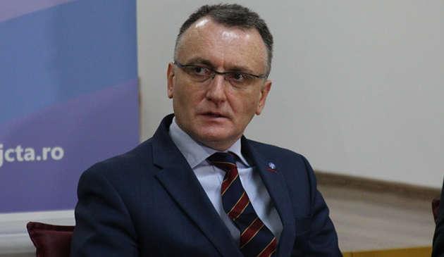 Ministrul Educației: În multe școli, 2 din 3 angajați doresc să se vaccineze împotriva COVID-19