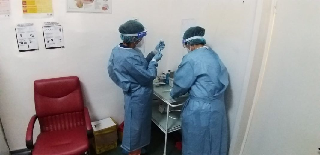 Se recrutează personal (medici, asistenți medicali) pentru centrele de vaccinare din Craiova
