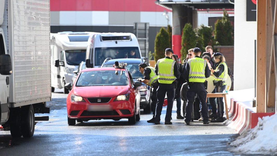 Autoritățile austriece au adoptat noi măsuri privind condițiile de intrare în țară