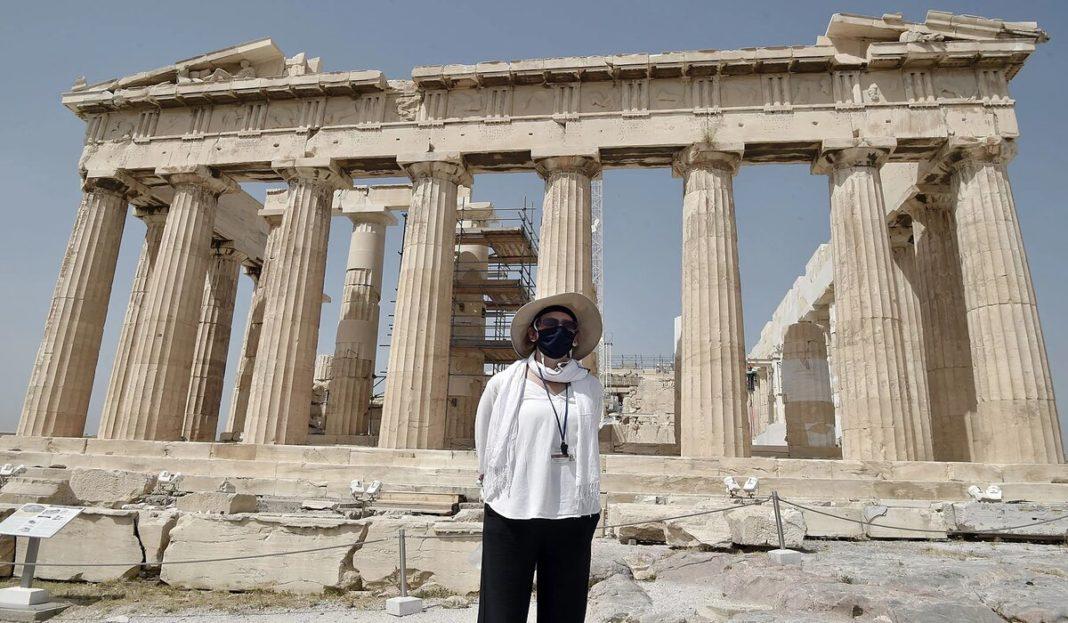 Grecia nu cere turiștilor certificat de vaccinare