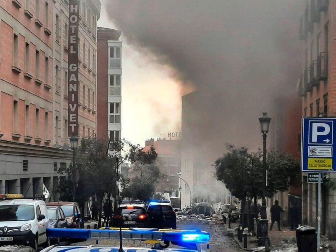 Două persoane au murit într-o explozie la un imobil din centrul Madridului
