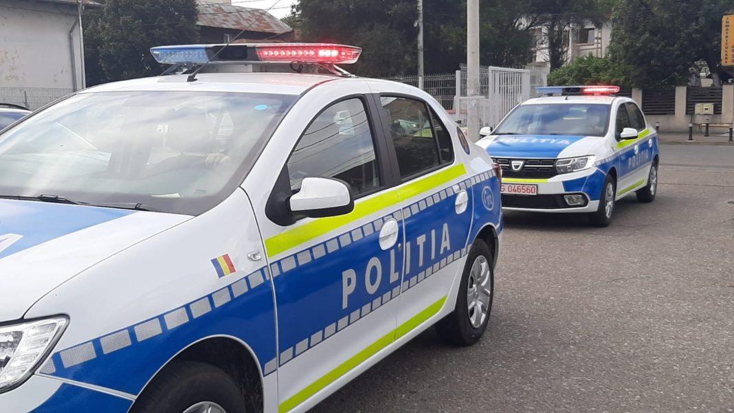 Priveghi cu zeci de persoane, întrerupt de polițiști