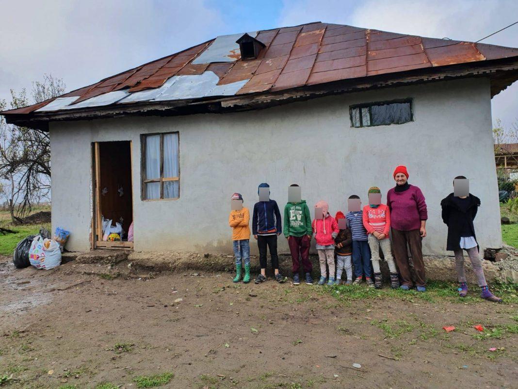 Primăria Mischii strânge donații pentru a oferi un cămin familiei cu 8 copii