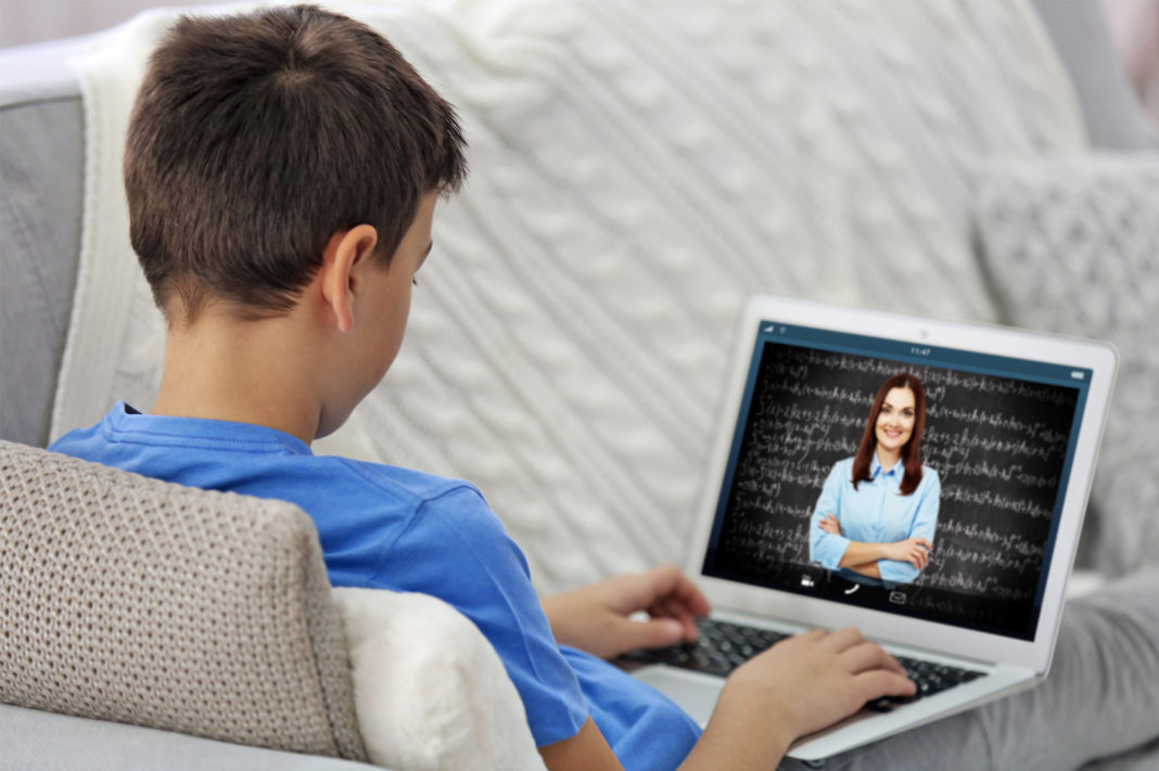 Ministrul Educației anunță că învățământul online va fi prelungit până pe 8 februarie