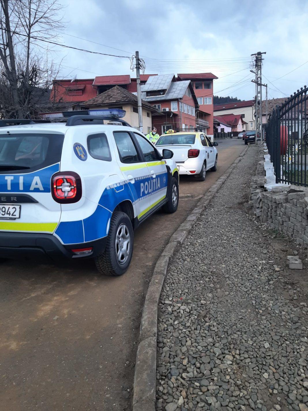 Taximetriștii au fost verificați ieri de polițiștii vâlceni. Au fost aplicate 75 de sancțiuni contravenționale