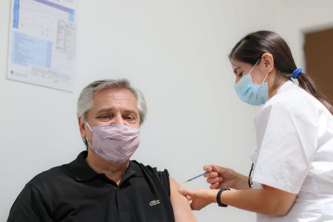 Scandal în Argentina din cauza unor VIP-uri vaccinate preferenţial