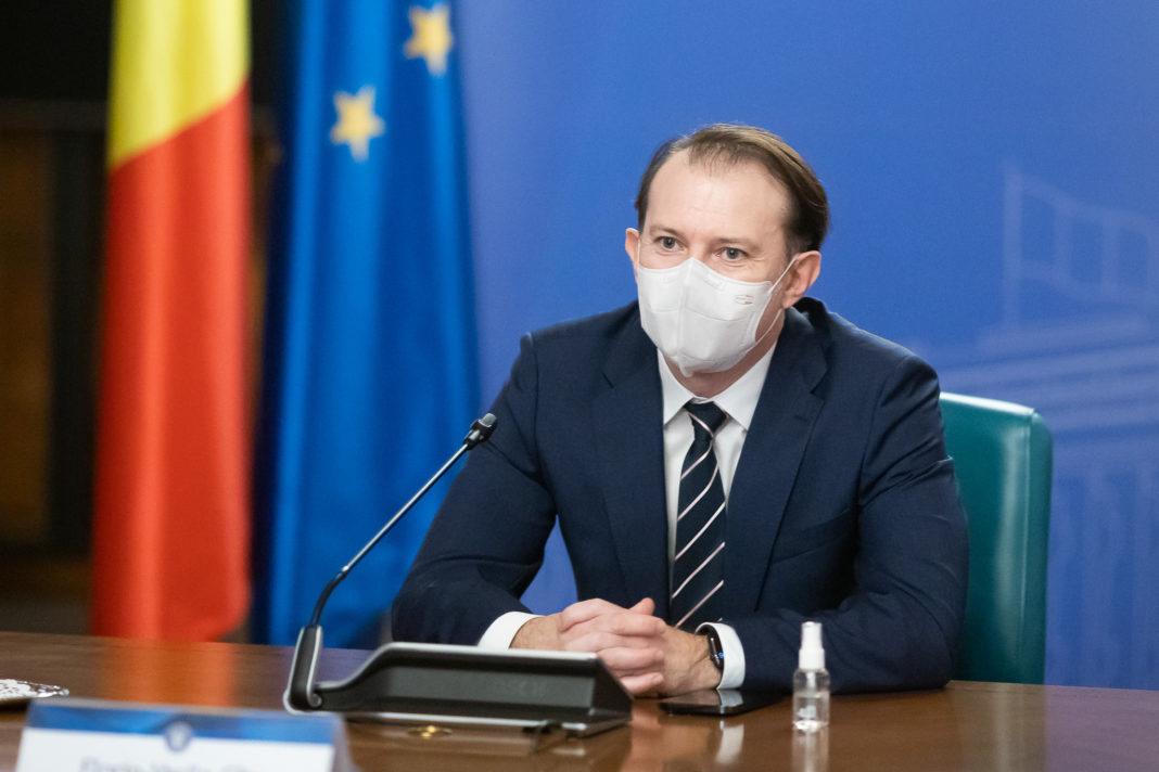 Florin Cîțu a declarat, miercuri, că guvernul urmează să adopte, în perioada următoare, o lege ce va interzice cumulul pensiei cu salariul pentru angajații la stat