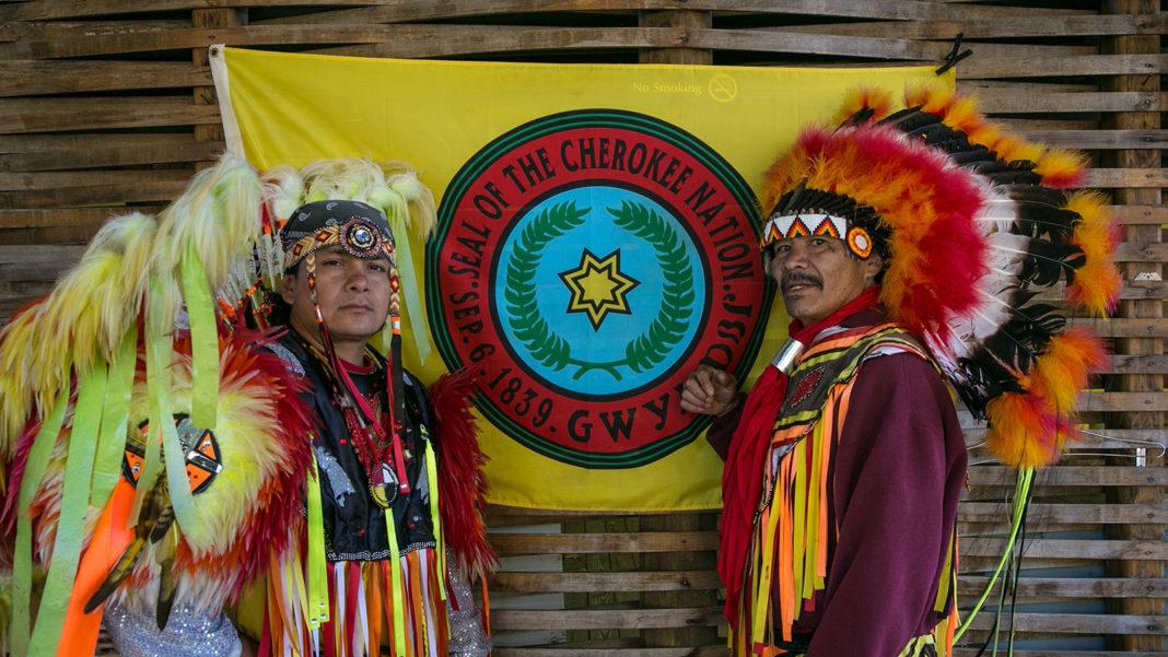 Indienii Cherokee cer constructorului auto Jeep să nu le mai folosească numele