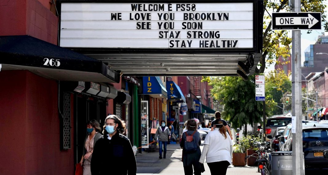 Cinematografele din New York se redeschid, cu anumite restricții