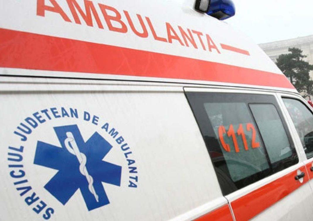 Târgu Jiu: Tânără de 18 ani, lovită de o mașină pe o trecere de pietoni