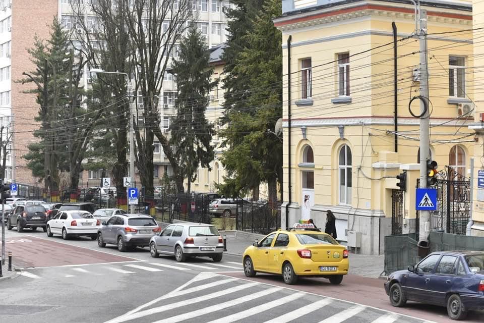 Transport şcolar în Craiova, în două zone pilot
