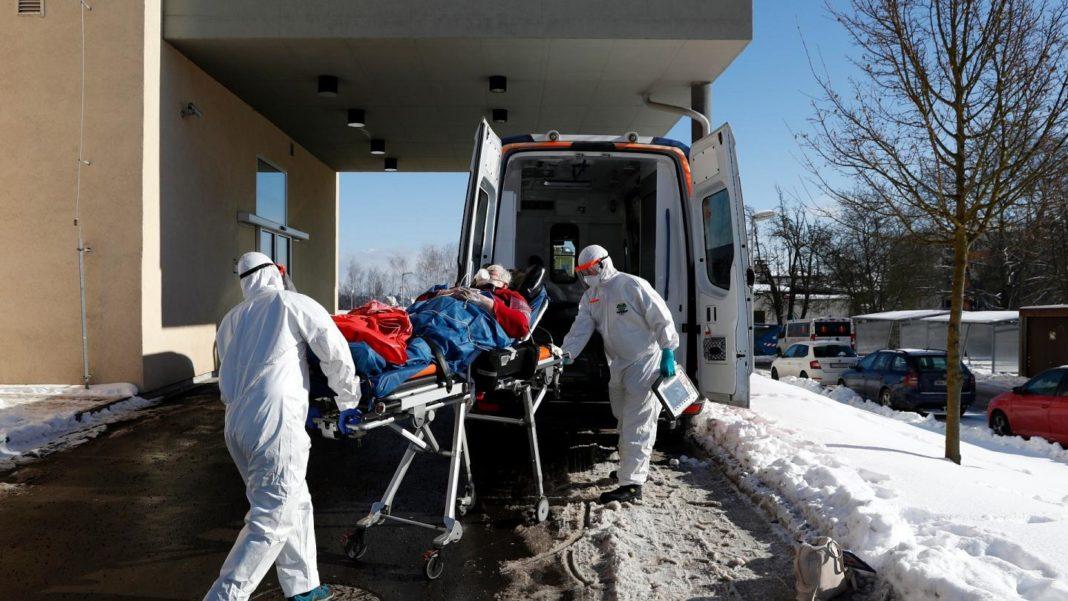 Cehia cere ajutorul ţărilor vecine pentru spitalizarea pacienţilor COVID-19