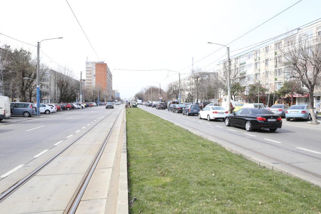 Adio funerare, piese auto şi magazine second-hand pe Calea Bucureşti!