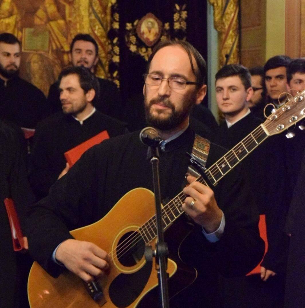 Gheorghe Smadoi, preot craiovean și tatăl a două fetițe, are nevoie de ajutorul oamenilor