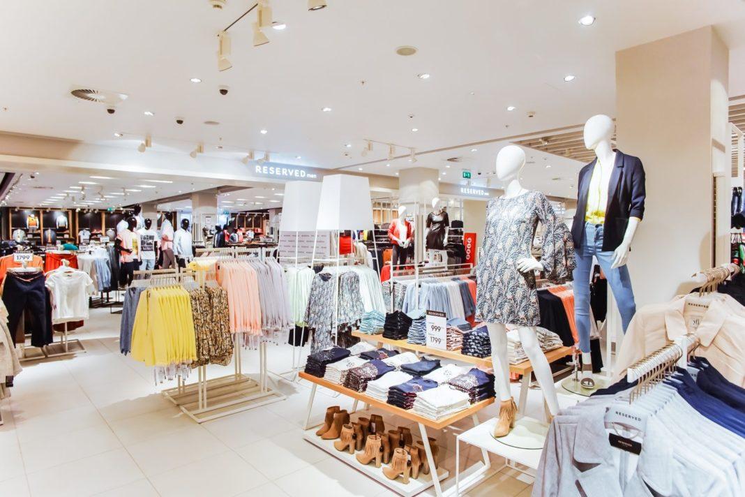 Magazinele vor fi obligate să afişeze la reduceri care a fost cel mai scăzut preț din ultimele 30 de zile