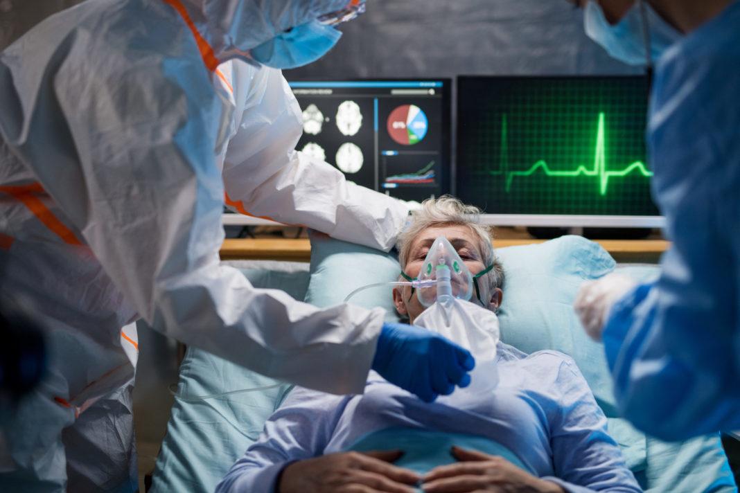 Vâlcea: 30 de pacienţi cu Covid-19 aşteaptă internarea în Spitalul Judeţean