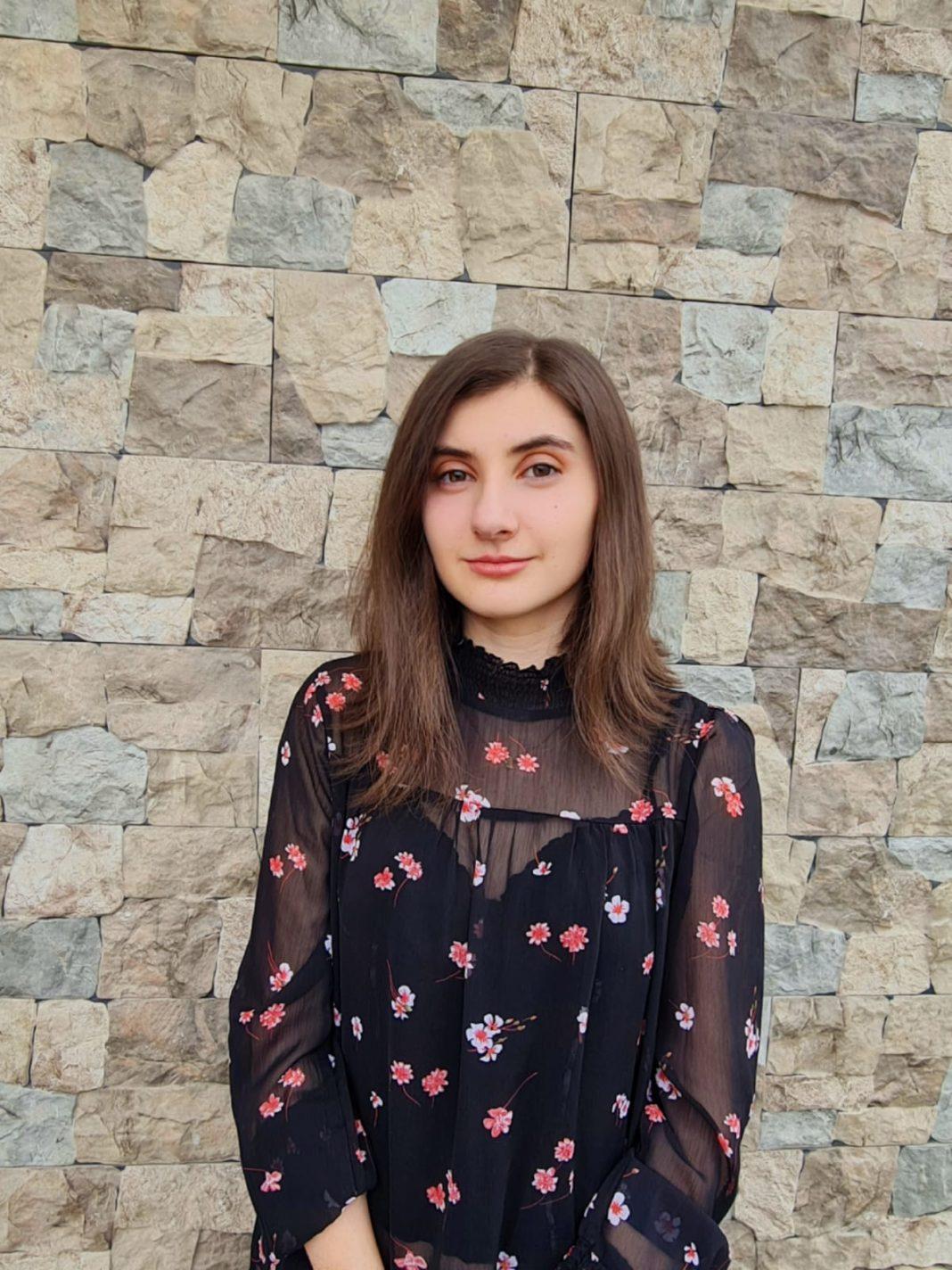 Amelia Gabriela Milcu, singura elevă din Dolj, calificată la preselecţia lotulului de chimie al României