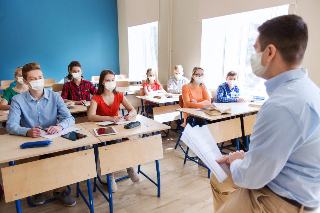 Cum revin elevii la școală după vacanța de Paște