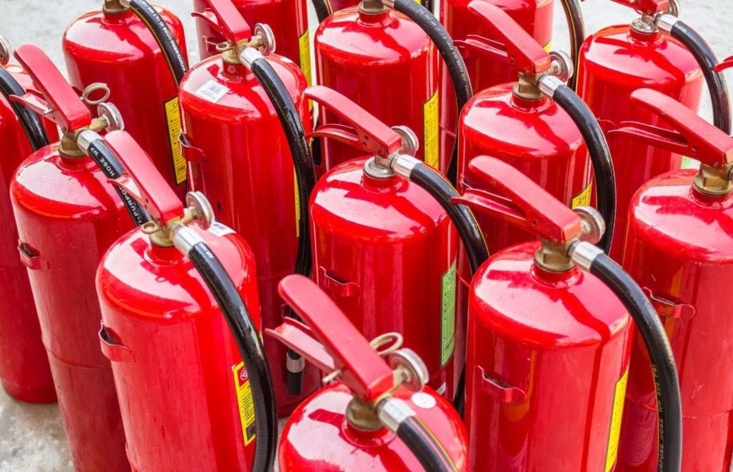 Percheziții de amploare într-o anchetă ce vizează o firmă cu activitate în domeniul protecției la incendiu