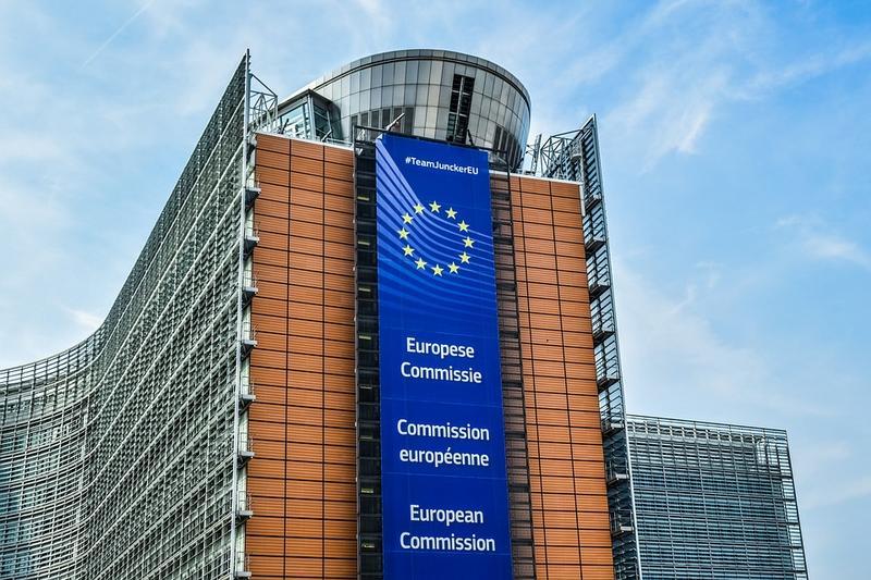 Comisia Europeană nu va reînnoi contractele cu AstraZeneca și Johnson & Johnson la expirarea lor