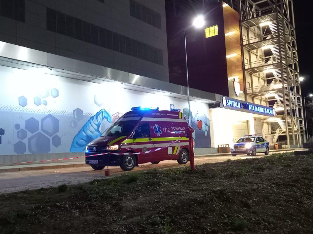 Incendiu la Spitalul Judeţean de Urgenţă din Bacău