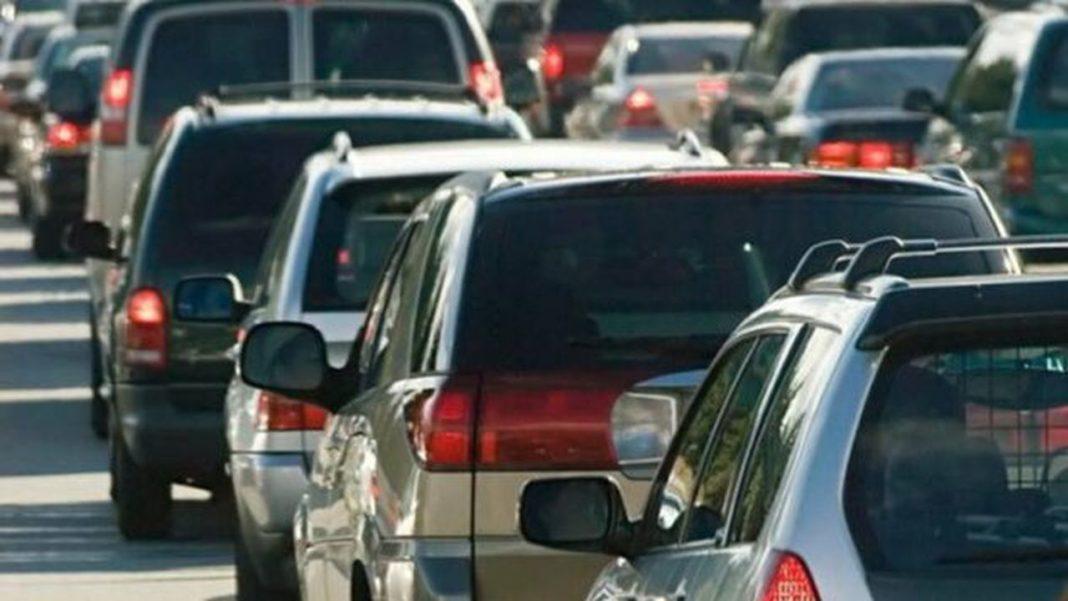 Trafic deviat dinspre Braşov și Predeal, din cauza aglomeraţiei